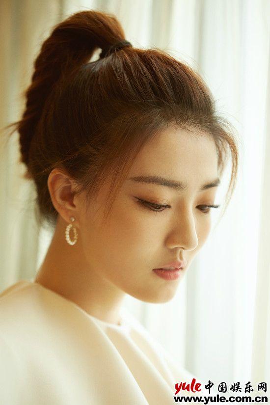 徐璐纯美亮相风声见面会粉丝激动女神来了